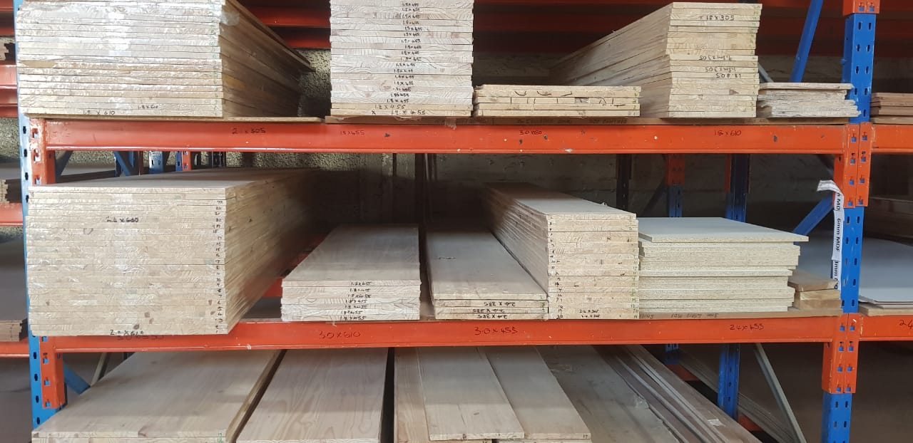 Laminated Pine Shelving in various sizes